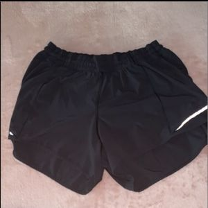"Lululemon Hotty Hot 4"" short"
